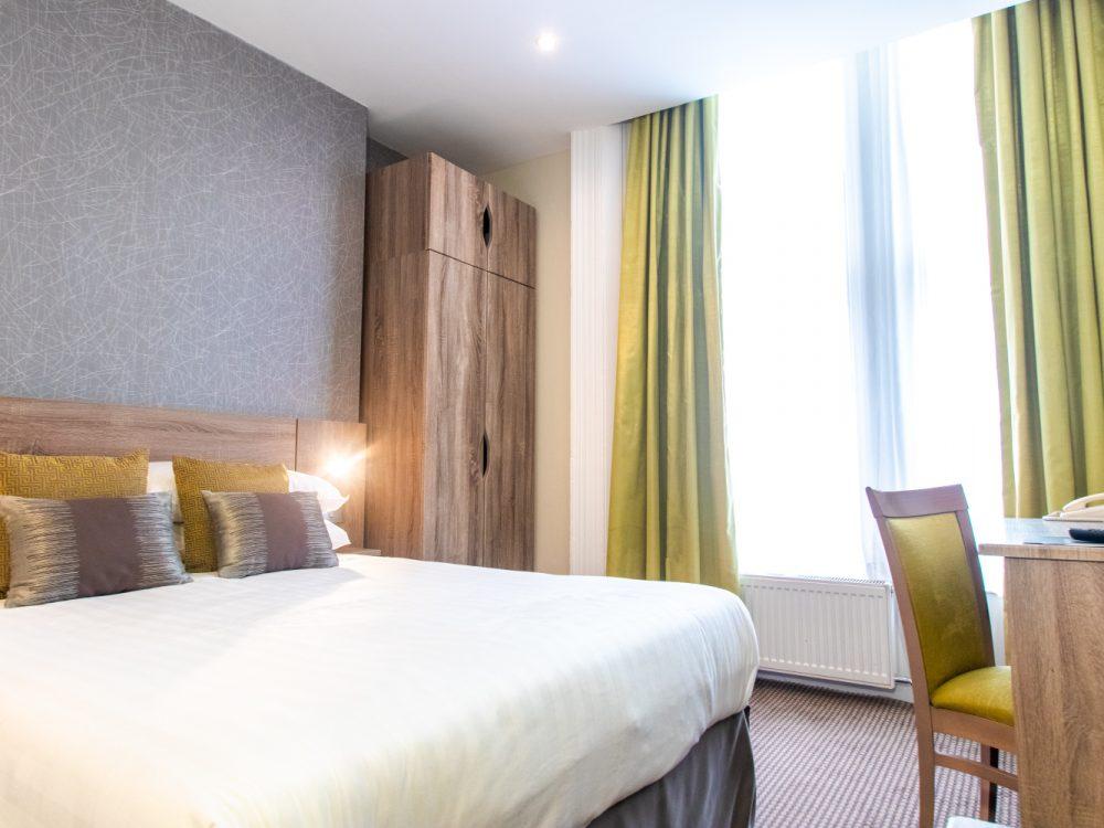 Phoenix Hotel Standard Double